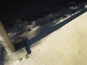 Photo: 公園の白い砂 2003. Tokyo, Japan, Sony Cyber-shot U10, 5mm(33mm)/F2.8, VGA.