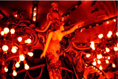 Photo: 冬の女神 2000. Tokyo, CONTAX T2 Carl Zeiss T* Sonnar 2.8/38, Fuji-Film,