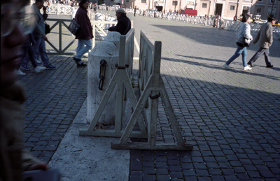 Photo: 1995. Rome, CONTAX T2 Carl Zeiss T* Sonnar 2.8/38, Agfa