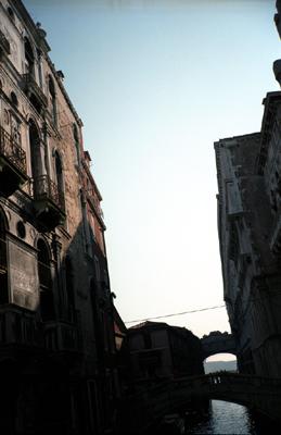 Photo: 1995. Venice, CONTAX T2 Carl Zeiss T* Sonnar 2.8/38, Agfa, FS